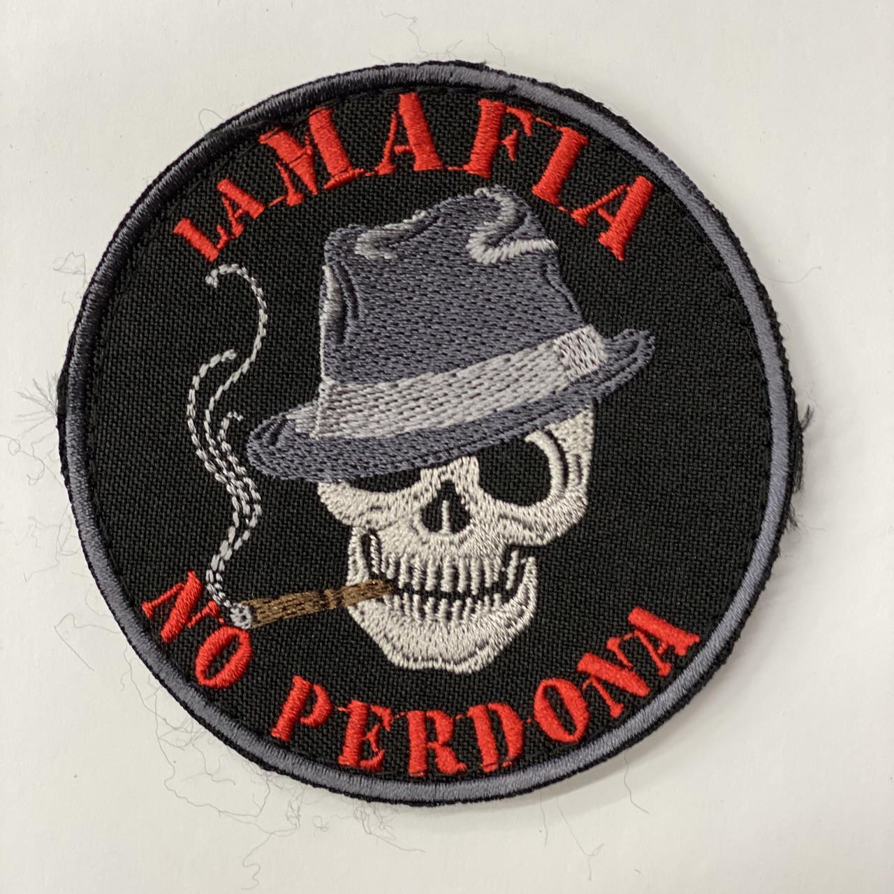 "Шеврон ""la Mafia no perdona"" (Мафия не прощает)"