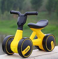 Детский мотоцикл каталка-толокар Bambi M 4086-6 музыка свет желтый