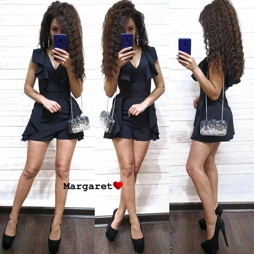 Стильный женский черный комбинезон с шортами