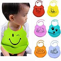 Детский фартук силиконовый слюнявчик для кормления малышей