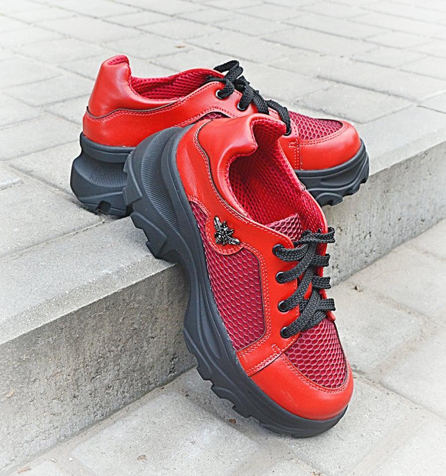 Жіночі кросівки червоні літні шкіряні