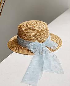 Шляпа с голубым бантиком гипюровым