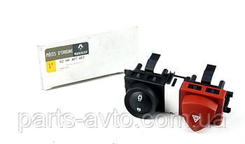 Кнопка аварийной сигнализации + закр/откр дверей Renault Megane II 03-09  RENAULT 8200407415
