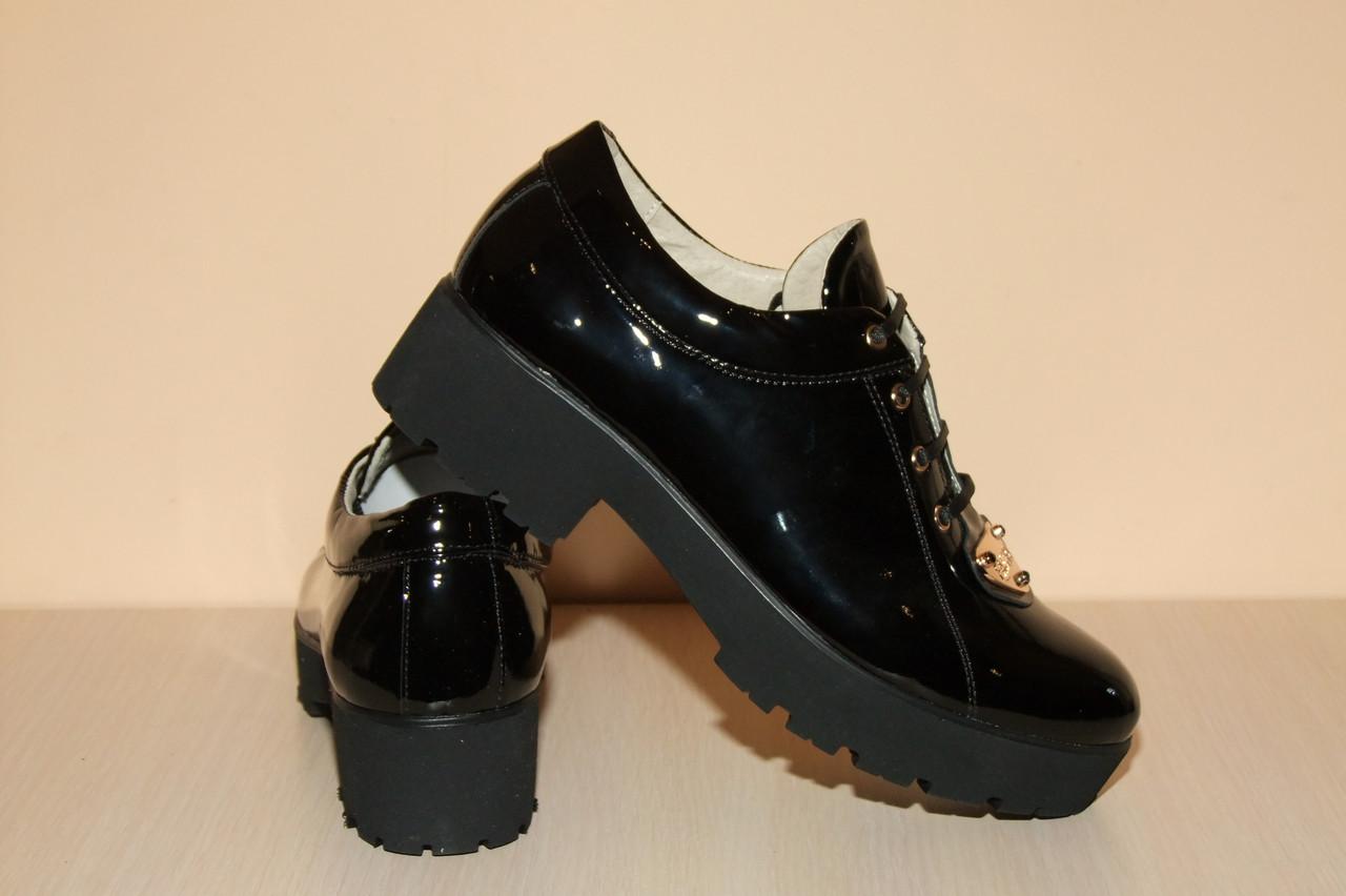 Туфли лакированная кожа женские ,лаковые черные на шнурках 40 р. арт 34.