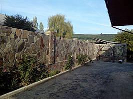 Забор облицованный андезитом 1
