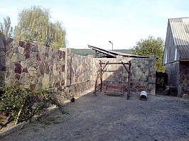 Забор облицованный андезитом 5