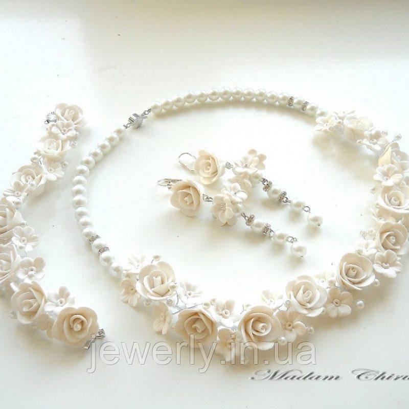 Свадебный комплект украшений с белыми розами
