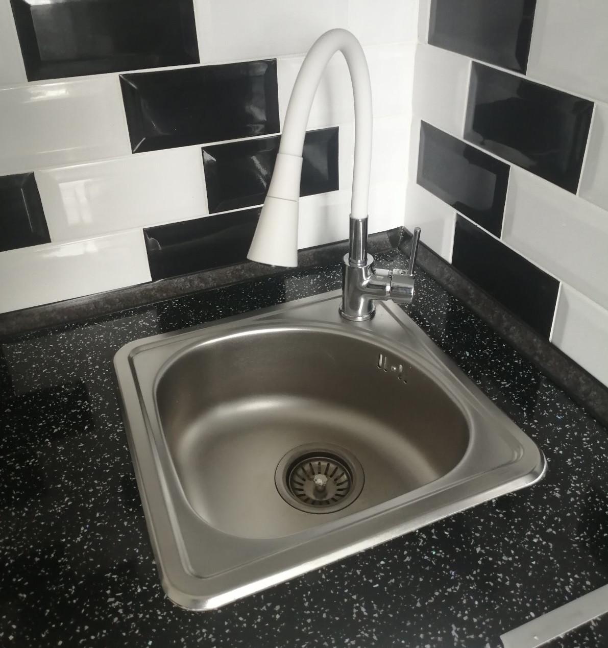 Квадратная кухонная мойка Platinum 3838B Satin 0,6мм
