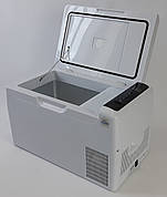Компрессорный автомобильный холодильник Altair C22