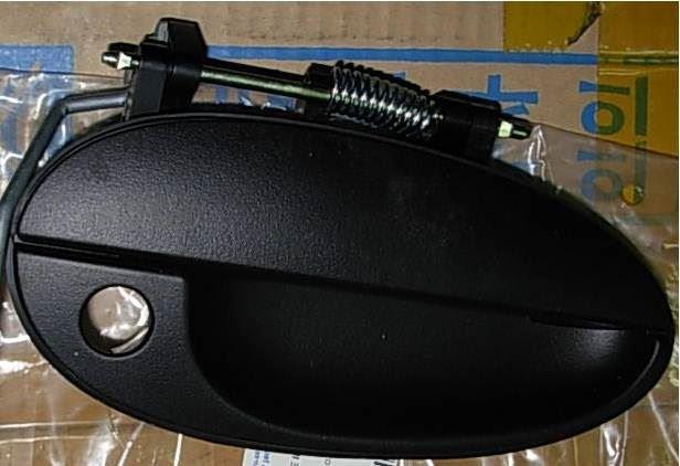 Ручка двери передняя правая наружная Матиз 96314597-GM