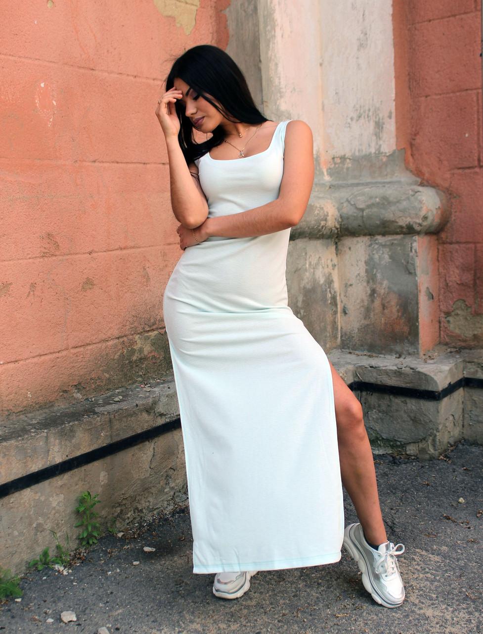 Красивое летнее платье макси светло-голубое