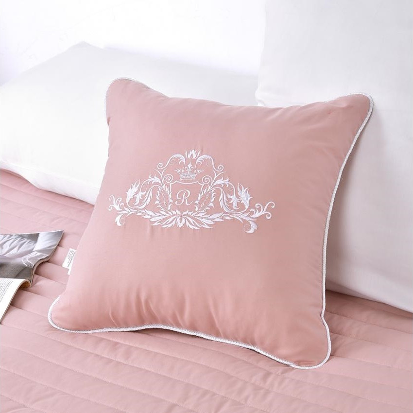 Подушка декоративная Модерн пудра