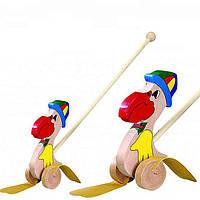 """Детская деревянная каталка """"Пеликан в шляпе"""" на палочке (игрушка для улицы 8 х 20 х 57см) Bino"""