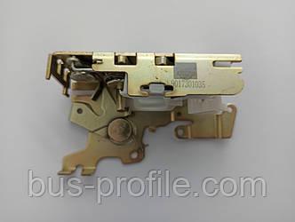 Замок двери (боковой/сзади/L) MB Sprinter 901 — Solgy — 305017