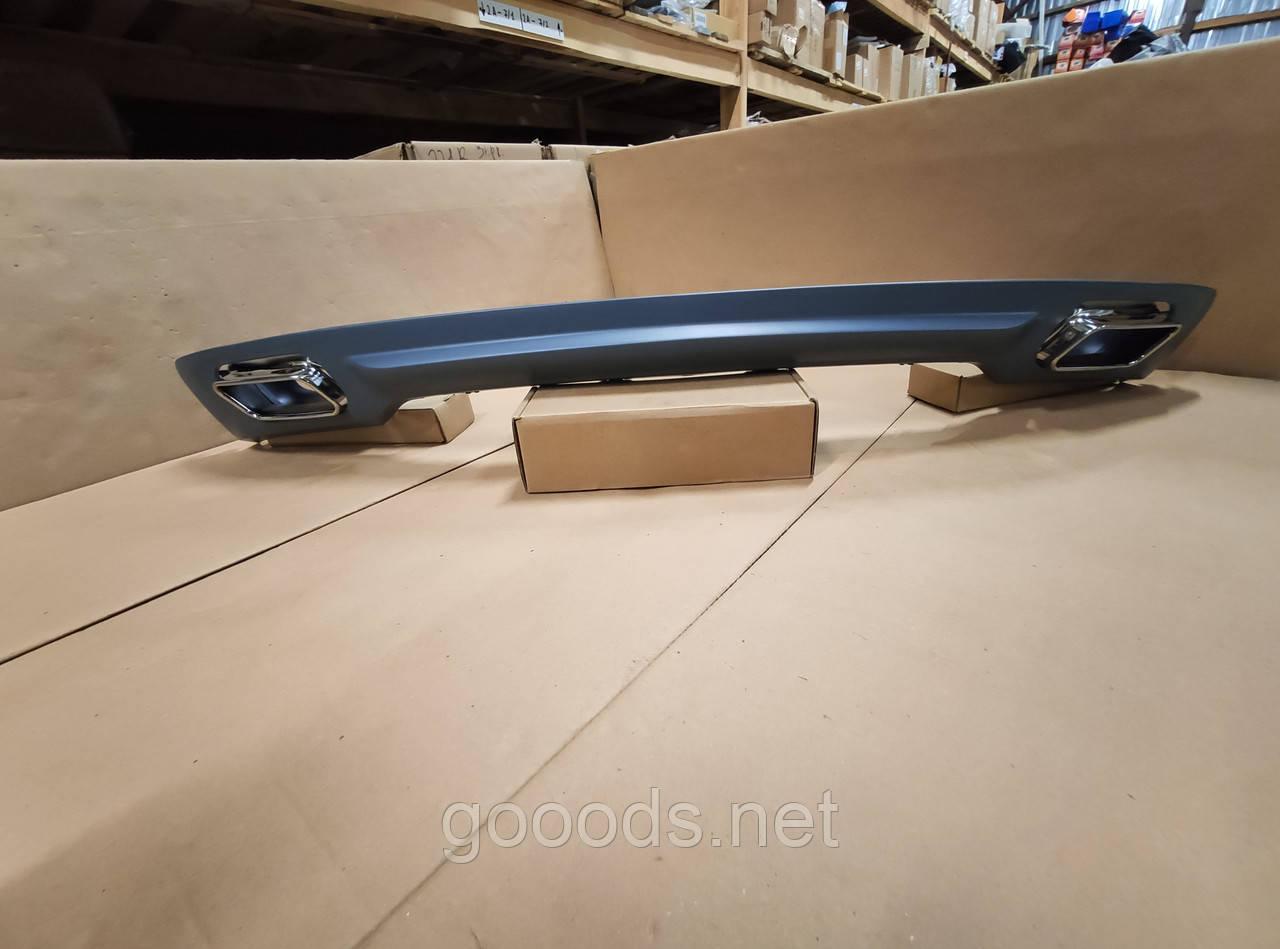 Диффузор заднего бампера BMW F01/F02 в стиле 740i