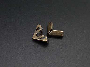 Кутник металевий. 22х22х7мм