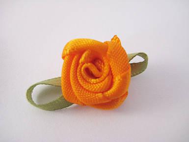 Цветок Роза оранжевая с листочками