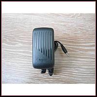 Сетевой адаптер зарядное 5V 3A штекер 3.5*1,35 мм, фото 1