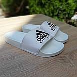 Мужские шлепанцы летние низкие Adidas шлепки белые. Живое фото. Реплика, фото 3