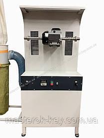 Спеціальна обтачивающая машина для ремонту взуття (СОМ) Модель М-100
