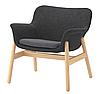 Стильное домашнее кресло тканевое серое на массива дерева с подлокотниками