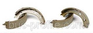 Колодки ручника на MB Sprinter, VW LT 1996-2006 — Trucktec Automotive (Германия) — 02.35.051