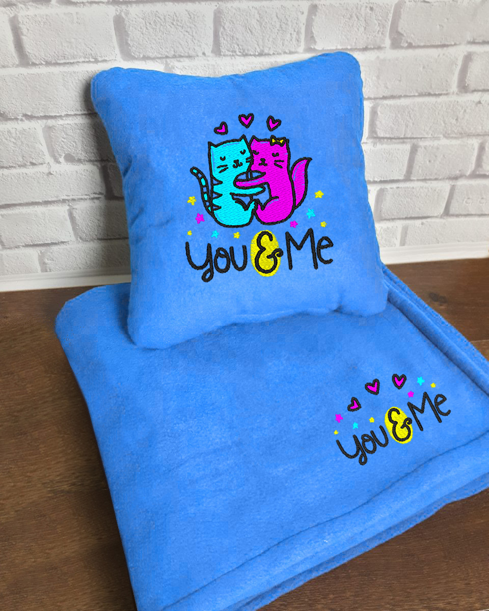 "Набор: подушка + плед Slivki ""You and Me"" 22 цвет голубой"