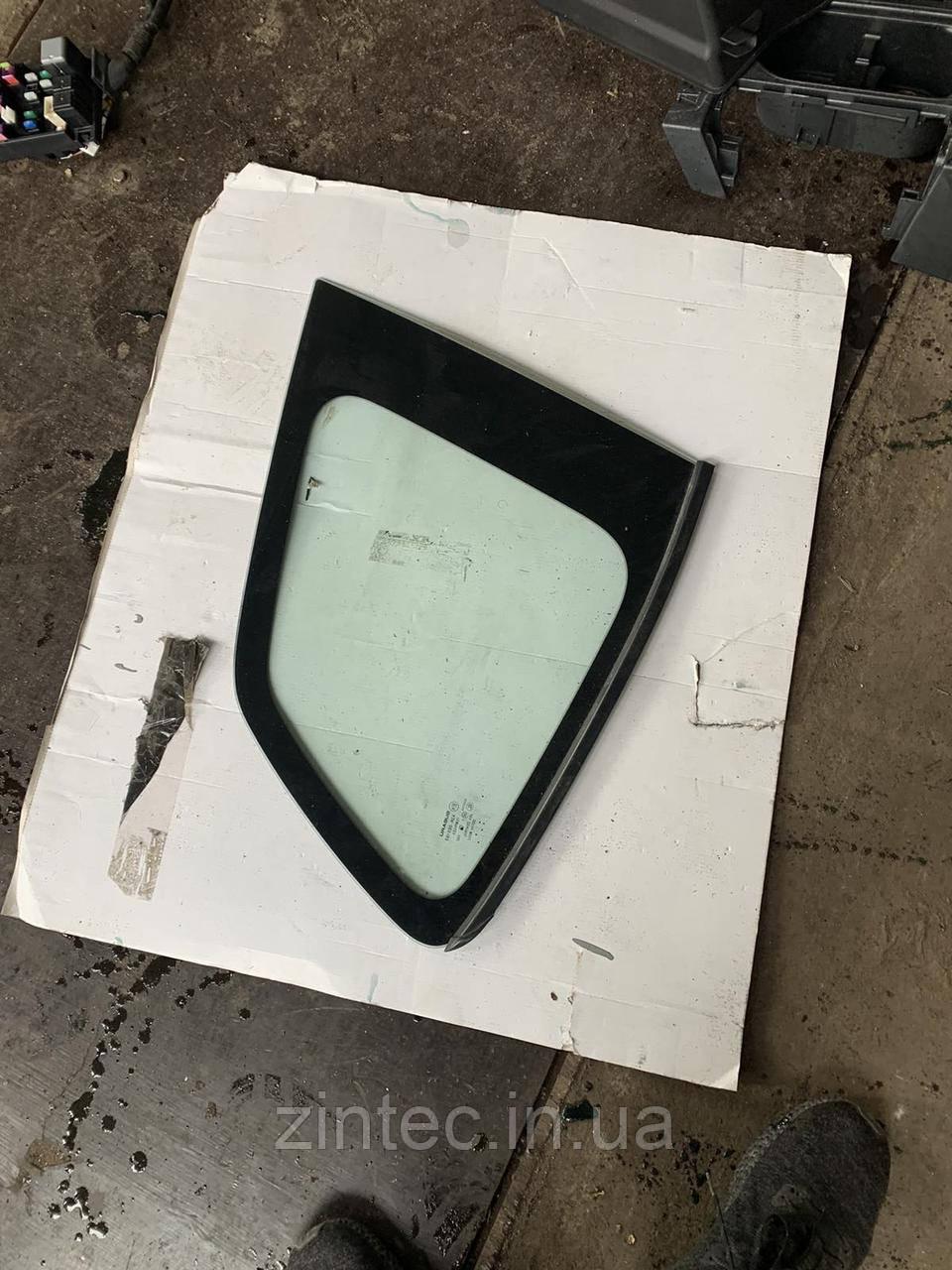 Стекло задней форточки левое Subaru Sorester USA 2017