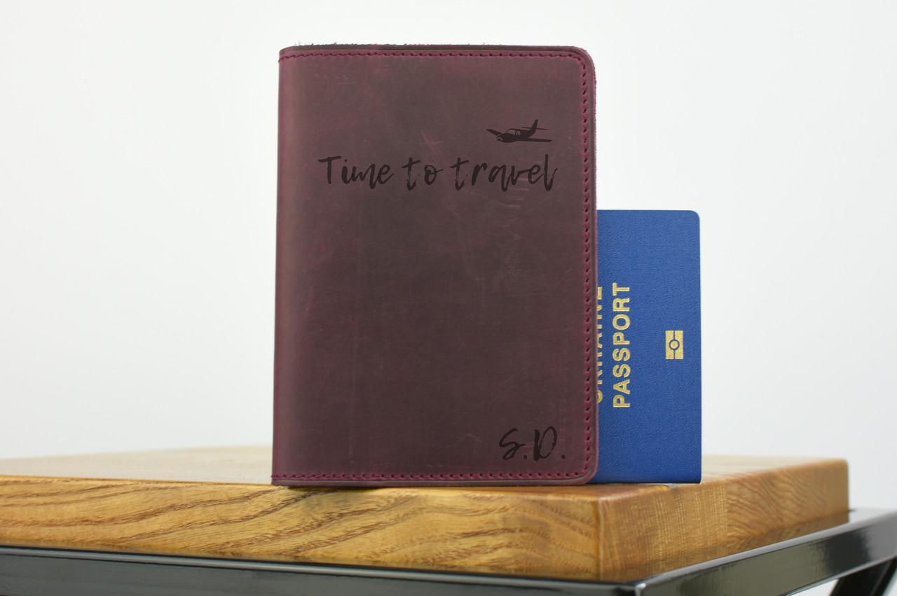 """Обложка для паспорта бордового цвета """"london"""""""