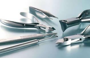 Профессиональные инструменты для маникюра, бровей и ресниц