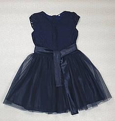 Нарядное платье для девочки   на рост 140,146,152 темно-синий