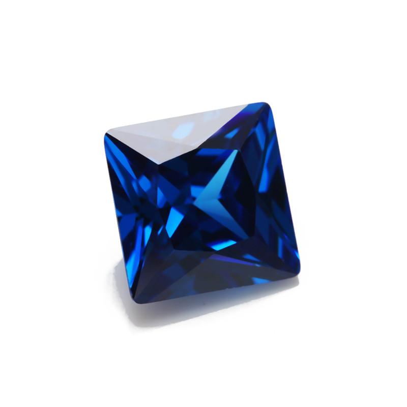 Квадратный синий куб. циркон 5 MM