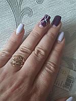 Женское золотое кольцо 585 пробы с алмазной гранью.