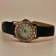 Кварцевые наручные часы со стразами ND 210355 Золотистый 210355, КОД: 1392160