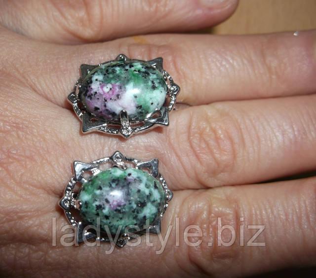 купить серебряное кольцо перстень с натуральным цеизитом