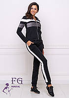 """Трикотажный черный женский спортивный костюм: кофта на молнии и штаны на манжетах """"Smash"""""""