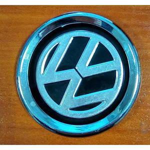 Емблема автомобільна