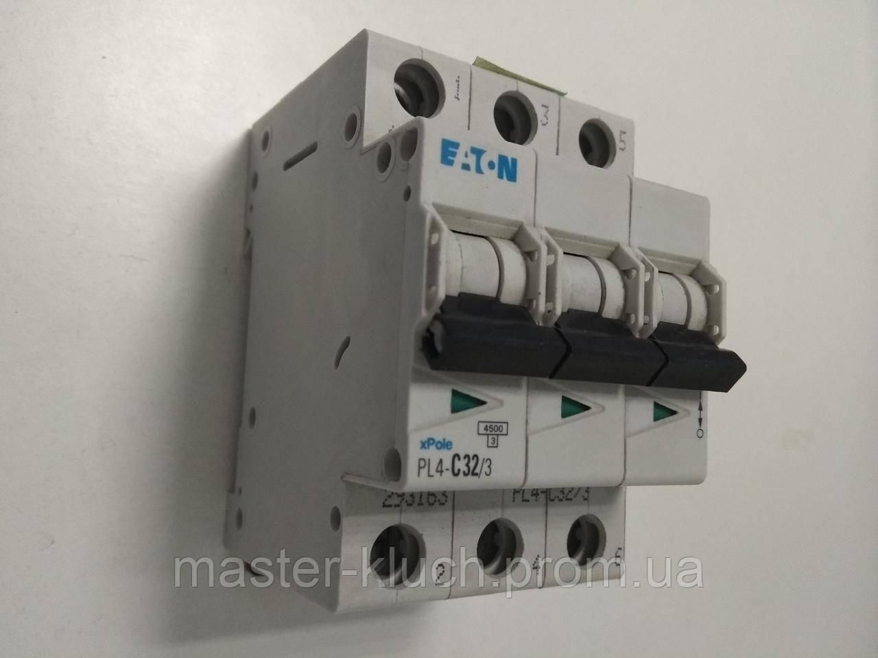 Автоматический выключатель Eaton PL4 3P C 32A