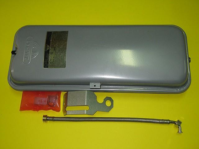 Расширительный бак 7 л 65101719 Ariston Uno 24 MFFi