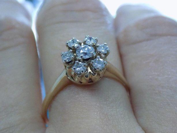 Покупаем золотые кольца в ломбарде