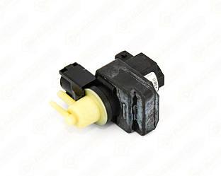 Клапан управління турбіни на Opel Vivaro 2006 A->2014 2.5 dCi - Pierburg - 7.04779.00.0
