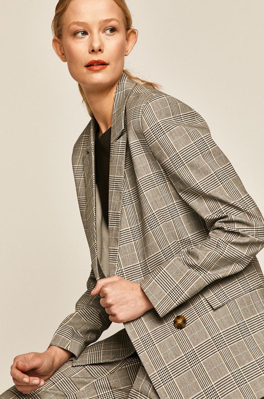 Пиджак костюмный женский в клетку