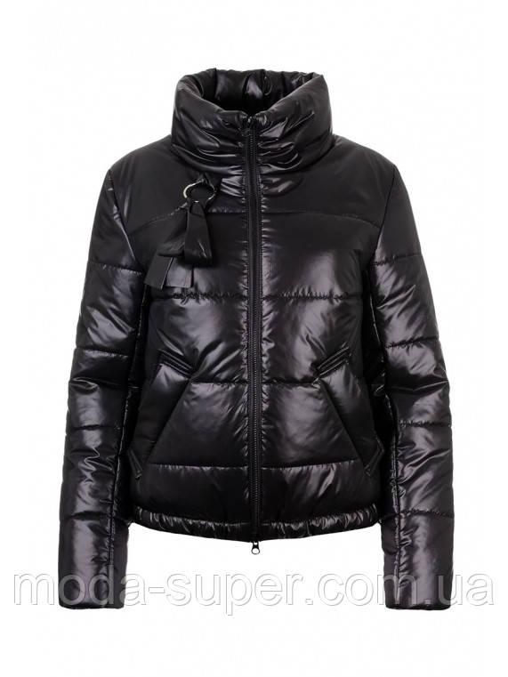 Женская куртка демисезон из плащевки лаке  рр 42-48