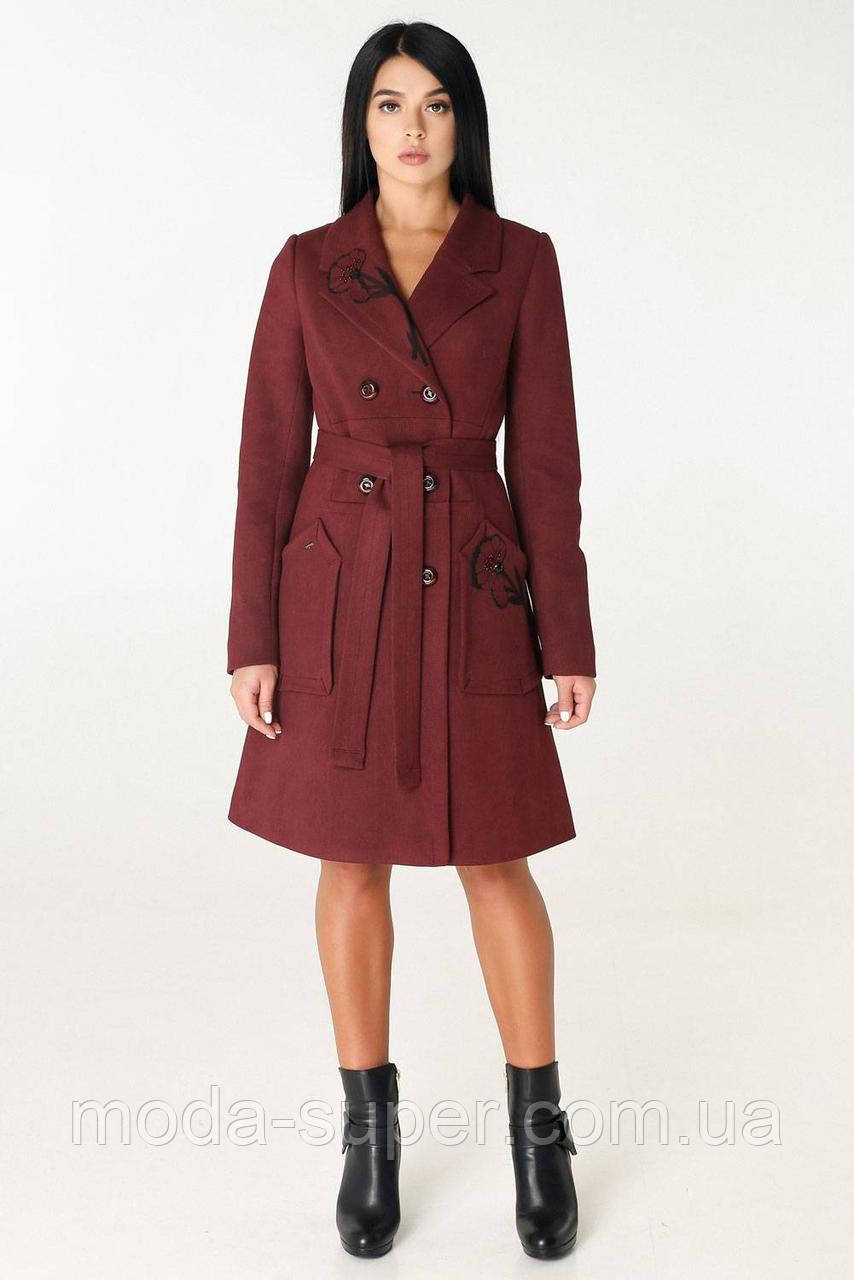 Женское пальто чуть расклешенное к низу рр 44 и 50