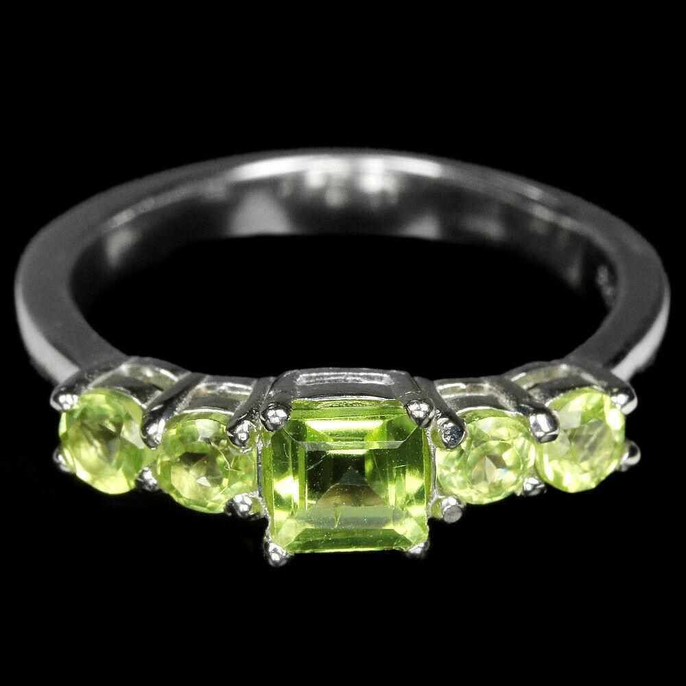 Серебряное кольцо с хромдиопсидом, 2672КЦХ