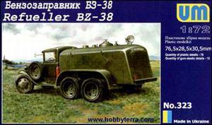 Бензозаправщик БЗ-38. Сборная модель в масштабе 1/72. UM 323