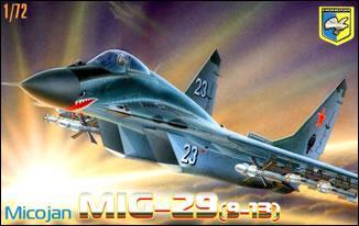 Модель прототипа советского истребителя МиГ-29 (9-13). 1/72 CONDOR 72002