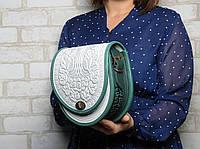 Женская кожаная сумка ручной работы полукруглая, сумка  белая с зеленым, фото 1