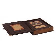 """Книга в шкіряній палітурці ручної роботи і подарунковій шкатулці """"Сімейний літопис"""""""