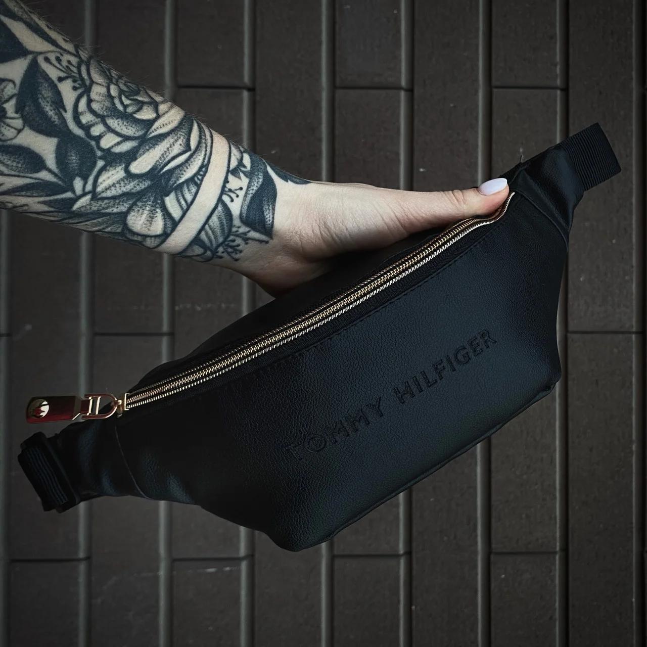 Бананка мужская кожаная Tommy Hilfiger black / сумка на пояс размеры 22х11х9см.